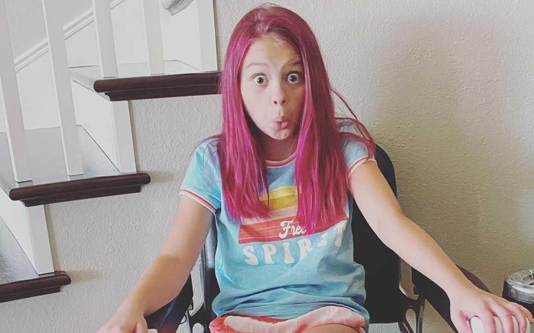 Scarlett Fernandez