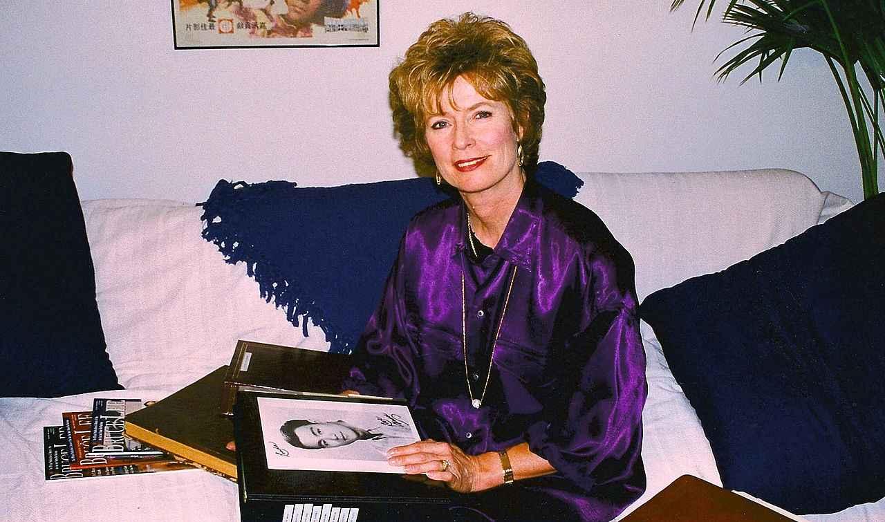 Linda Lee Cadwell