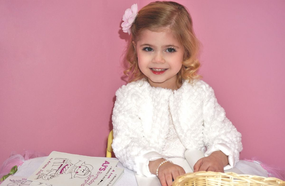 Ariana Jalia on Book Signing Event