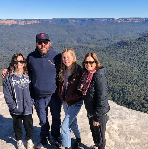 LeeAnn Kreischer with her husband and two daughter in Blue Mountains