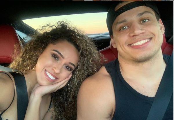 Tyler Steinkamp celebrating his 4 years with his girlfriend in Instagram