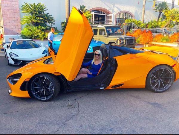 Jenn Barlow in Lamborghini
