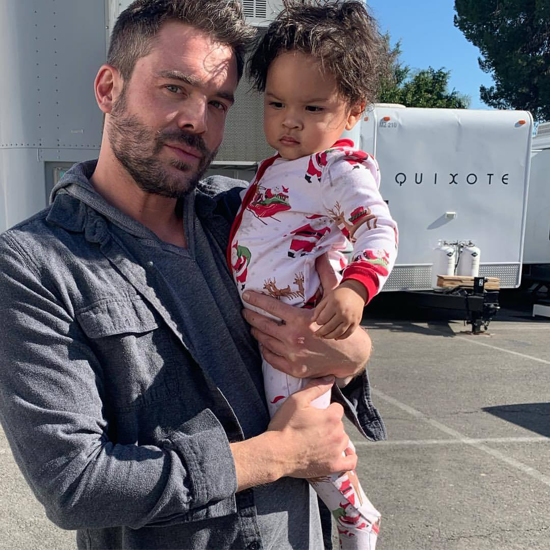 Giselle Weber's ex-husband,Charlie Weber on the film set with one of the child actor